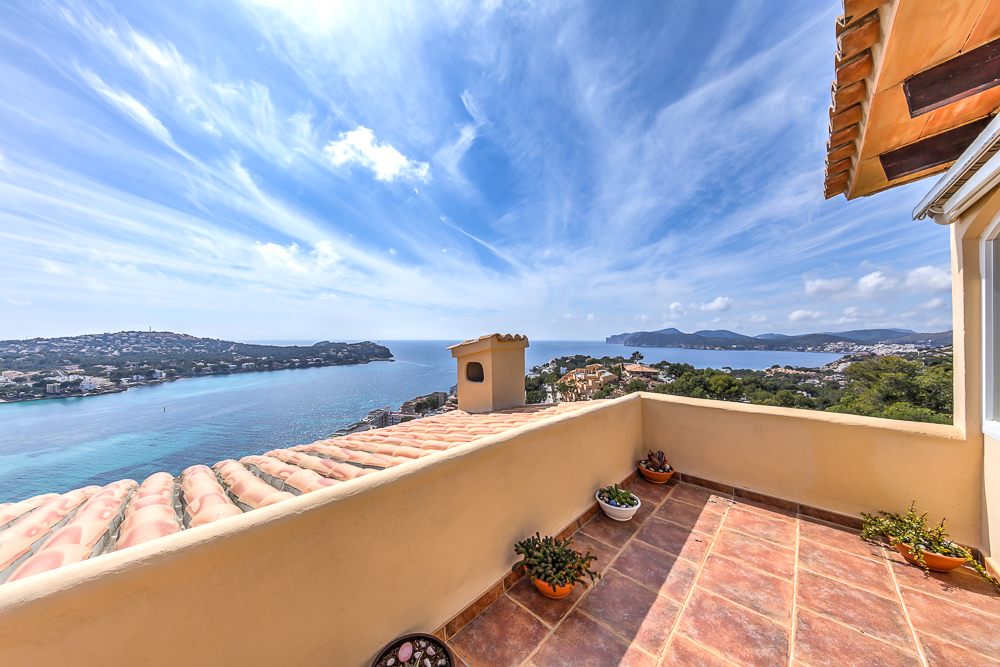 Apartment with sea view in Santa Ponsa