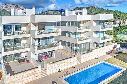 apartments camp de mar -1-1